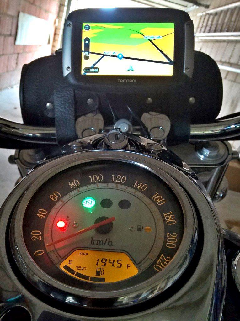 VN1600 TT Rider 400 02